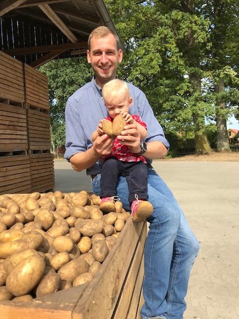 Kartoffelernte und Lagerung auf dem Ferienhof Stegen